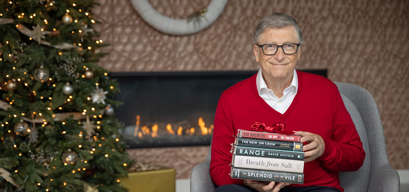 holiday-books_2020_article-hero_1200x564_01.jpg